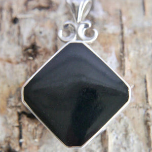 Whitby Jet Pendant with Blue John on the reverse side