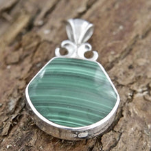 Load image into Gallery viewer, Malachite Pendant with Blue John on the reverse side.