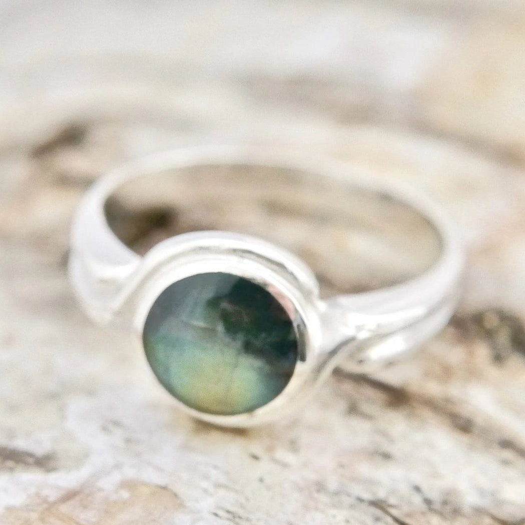 Round Labradorite Silver Ring 8mm