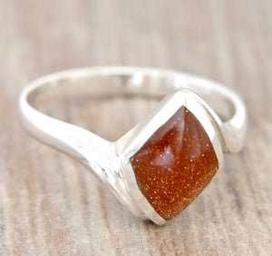 Goldstone Diamond Shape Silver Ring