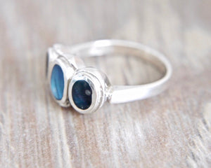 Labradorite Silver Ring with 3 Stones