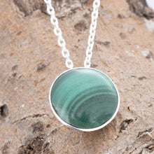 Load image into Gallery viewer, Malachite Round Pendant 12mm