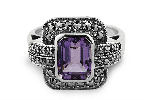 STERLING SILVER ART DECO AMETHYST AND MARCASITE RING