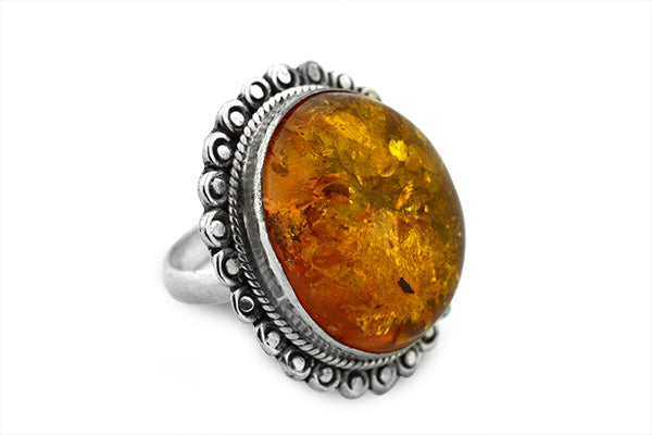 STERLING SILVER BALTIC AMBER OVAL CABOCHON RING