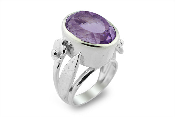 STERLING SILVER BEZEL SET AMETHYST COCKTAIL RING
