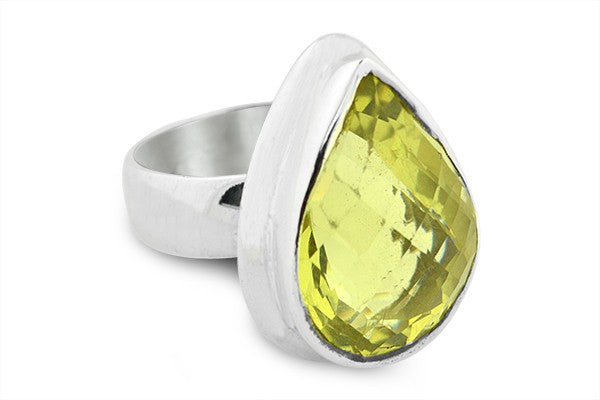 STERLING SILVER PEAR SHAPED CHECKERBOARD CUT PERIDOT RING