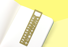Load image into Gallery viewer, TRAVELER'S NOTEBOOK – Brass Bookmark Template Numbers