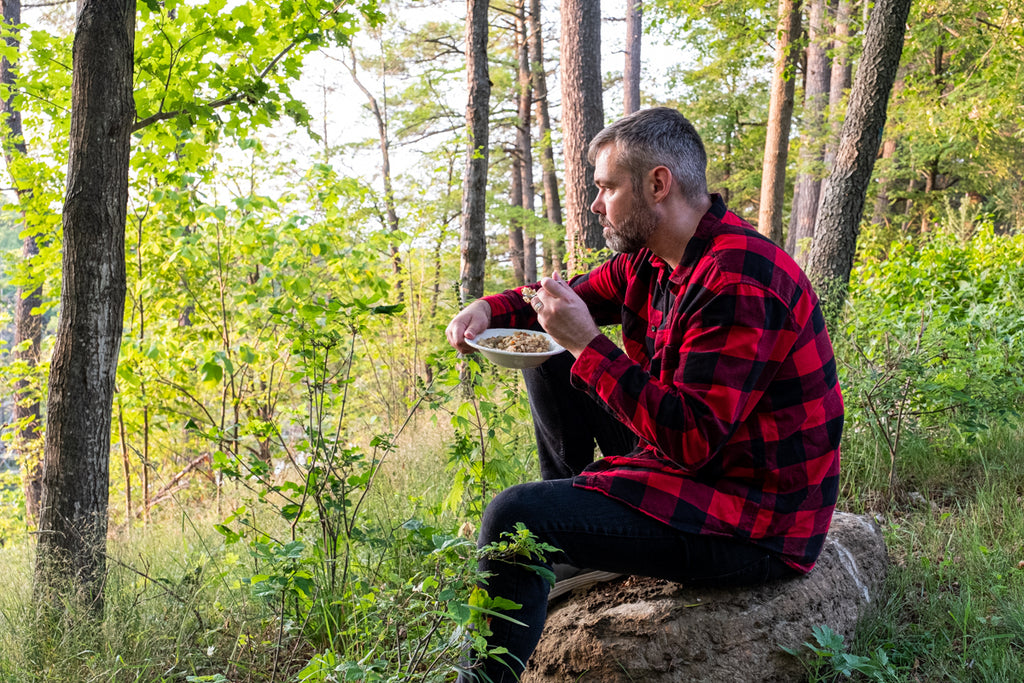 earthing emergency food for camping prepared
