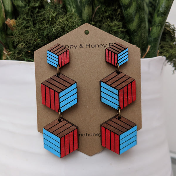 Expanding Cubes x3 Stud Earrings - Walnut