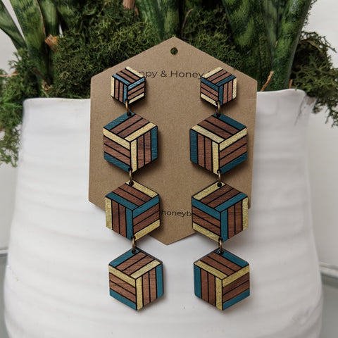Expanding Cubes x4 Stud Earrings - Walnut