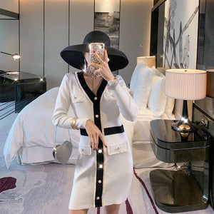 ALPHALMODA Autumn 2019 New French V-neck and Long Sleeve Knitted Dress  Women Slim Waist Faux Pocket Fashion Outfit