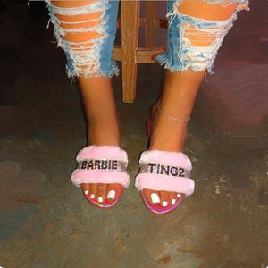 Plush Pink Home Fashion Wild Hair Slippers Bright Diamond Warm Sandals Female 2020 New Flip Flop Flat with Interior Slippers