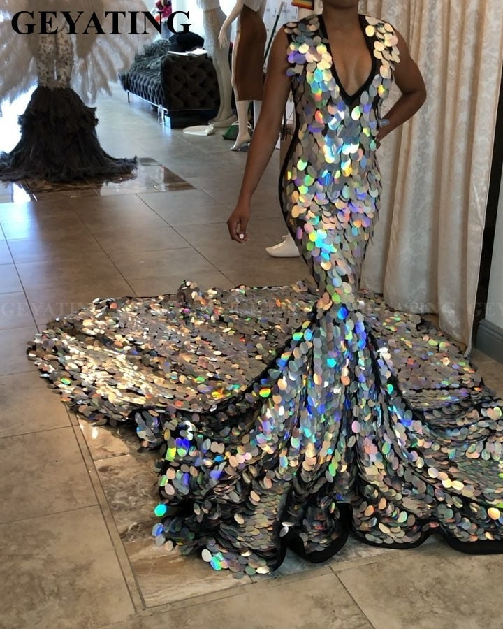 Luxury Long Train Silver Mermaid Prom Dress for Black Girls 2019 Sparkly Sequin V-Neck African Formal Evening Dresses Plus Size