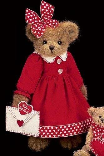 Vanessa Valentine Bear from The Bearington Collection - AardvarksToZebras.com