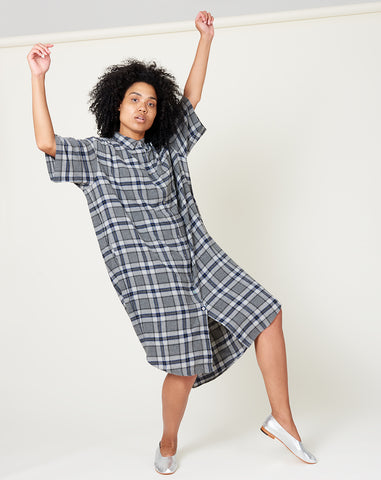 Oversized Shirt Dress in Grey Plaid
