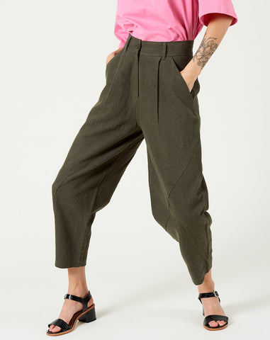 Signature Lantern Trouser in Olive