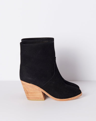 Golda Boot in Black Nubuck