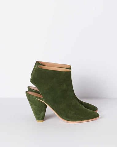 Sinclair Boot in Dark Green Suede