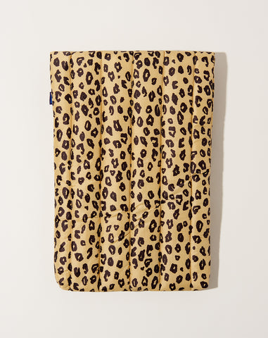 "16"" Puffy Laptop Sleeve in Honey Leopard"