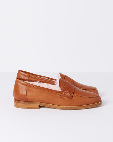 Shearling Loafer in Rum Leather