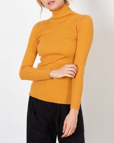 Cerie Turtleneck in Marigold