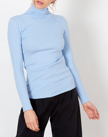 Cerie Turtleneck in Powder Blue