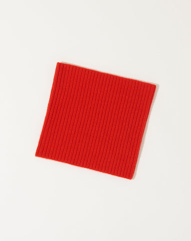 Jeanete Neck Warmer in Scarlet