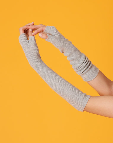 Regi Arm Warmer in Light Heather Grey