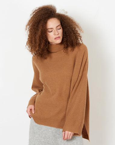 Russell Sweater in Chestnut