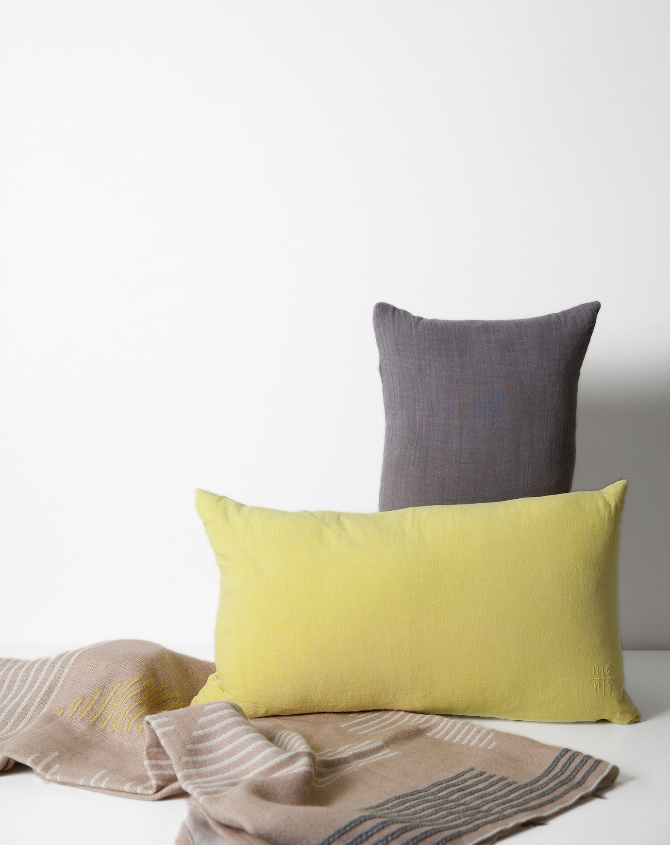 l linen pillow pillows pure vivaterra ash viva the cover lifestyle throws terra bath herringbone linens bed for color