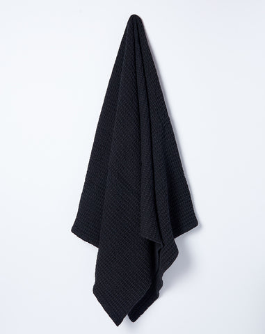 Simple Waffle Bath Towel in Black