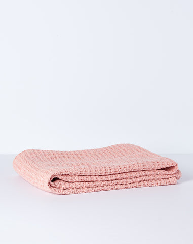 Simple Waffle Bath Towel in Blush