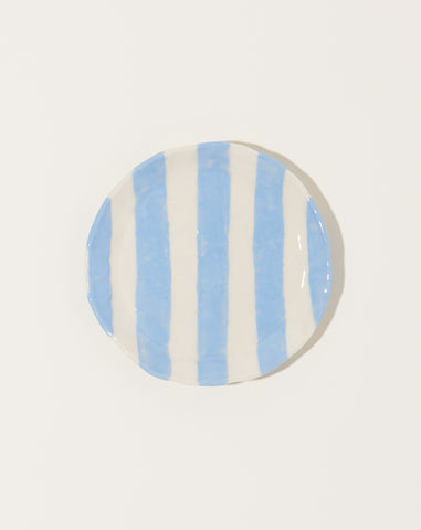Ribbon Plate in Light Blue