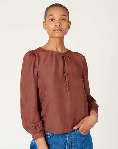 Almond Blouse in Clove