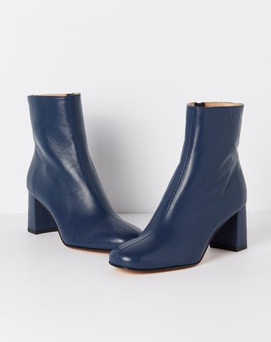 Agnes Boot in Navy Calf