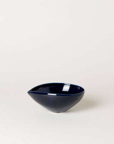 Medium Almond Bowl in Navy
