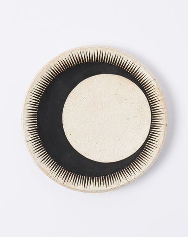 Large Dish in Black Crescent Eclipse