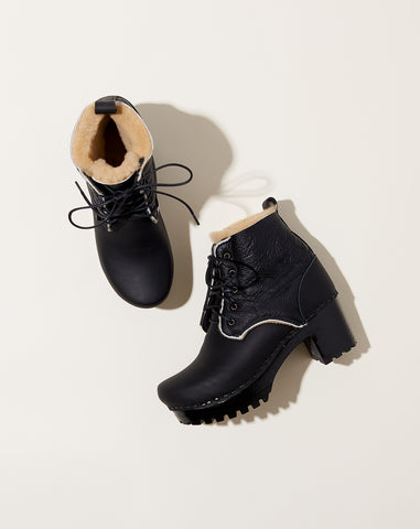 Lander Lace Up on Mid Tread in Ink Aviator on Black Base