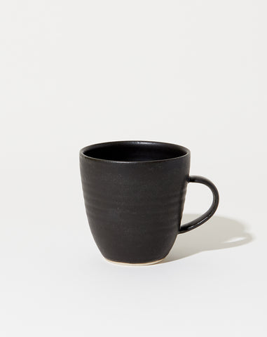 Farmhouse Coffee Mug in Satin Black