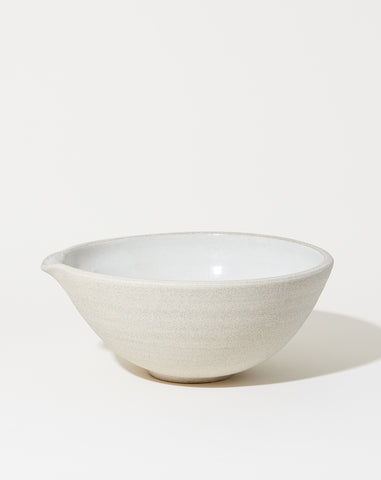 Vermont Mixing Pour Bowl in White Granite