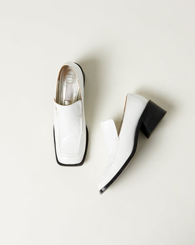 Wide Toe Loafer in White