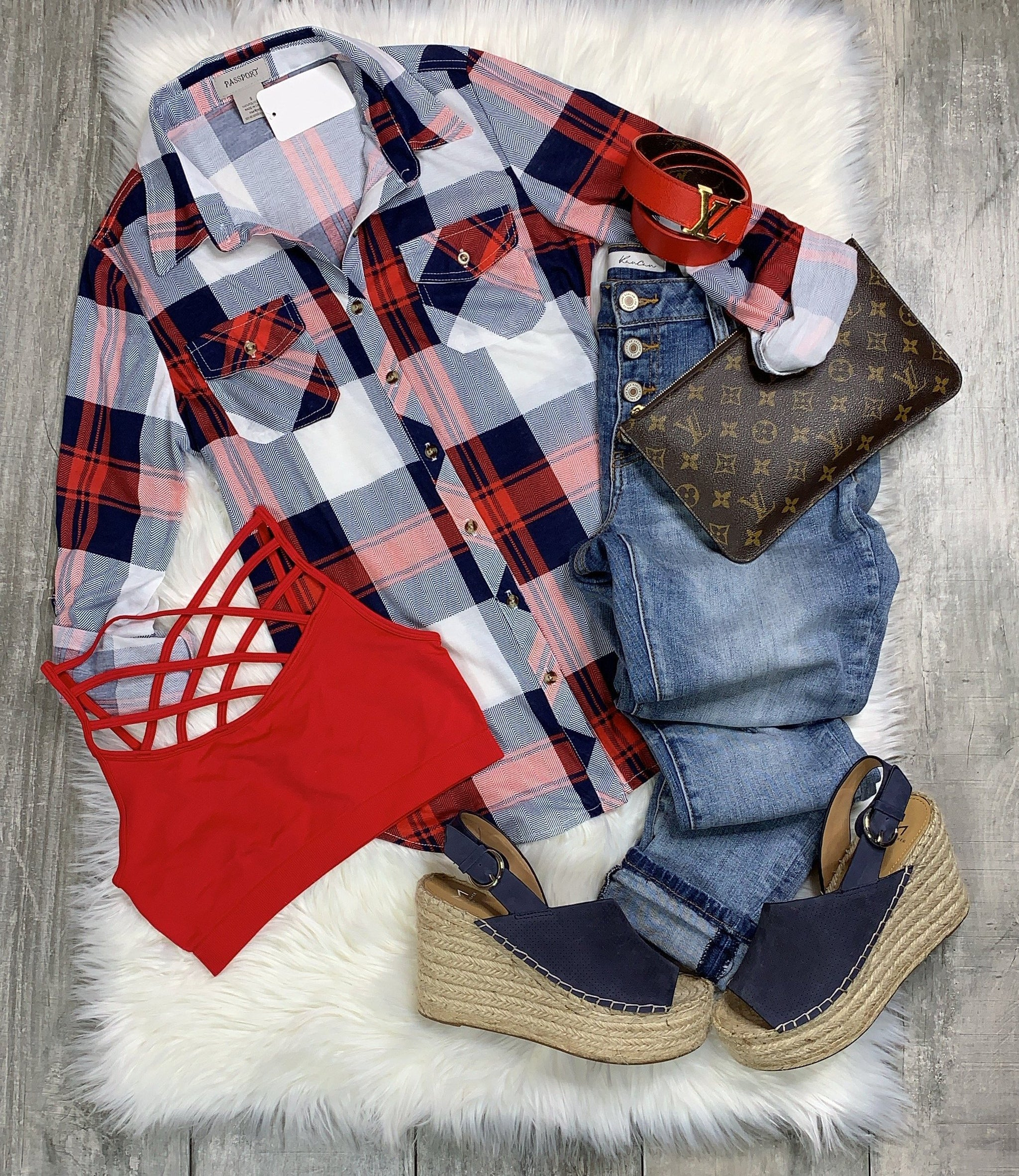 Penny Plaid Flannel Top: Red/White