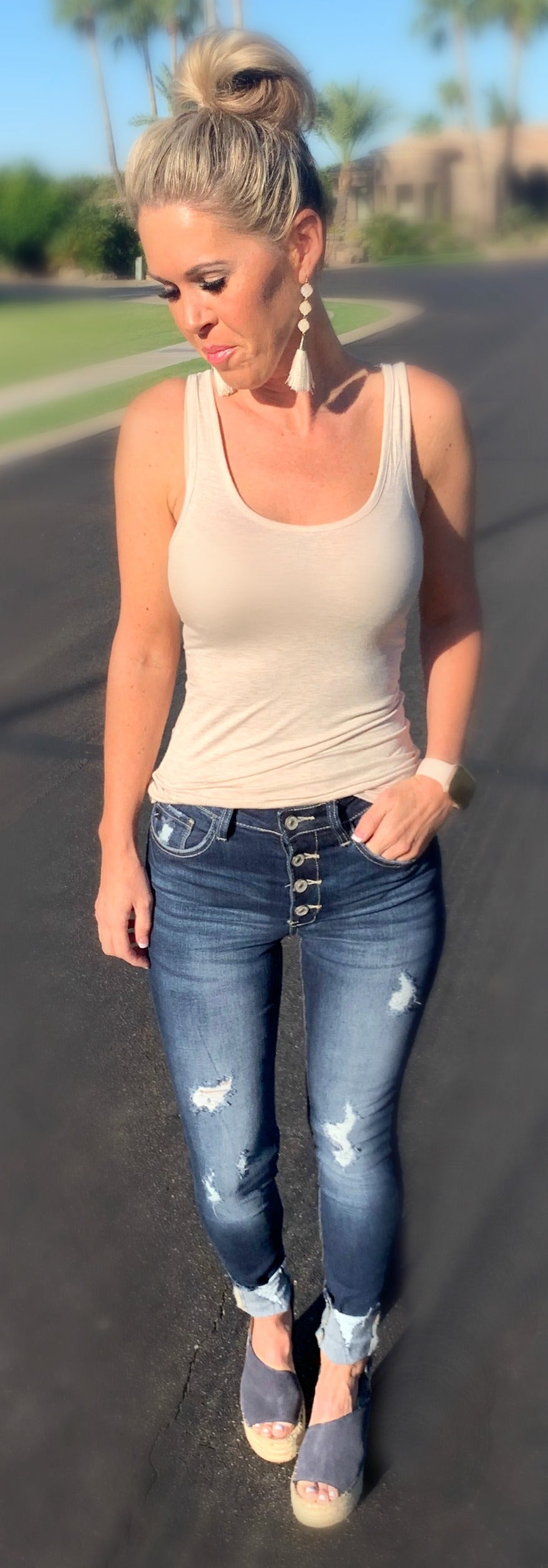 Kan Can Exposed Button Cuff Jeans Privityboutique