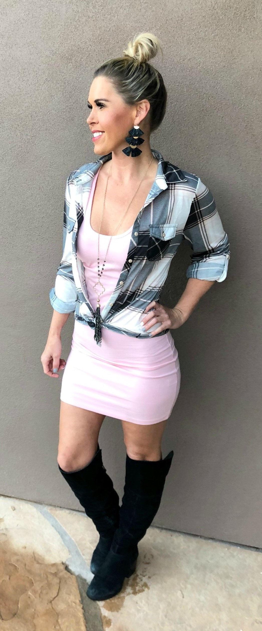 Penny Plaid Flannel Top: Blush/Black/Ivory