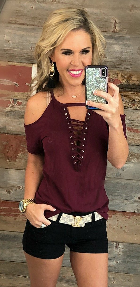 Not too Complicated Cold Shoulder Top: Burgundy