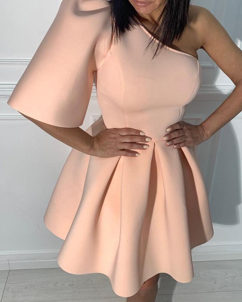 One Shoulder Puff Sleeve Pleated Dress