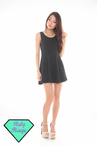 Keira Basic Skater Dress (Black)