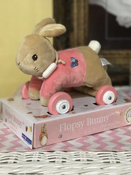 Peter Rabbit Flopsy Pull-Along