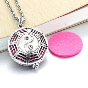 1pcs Aroma Diffuser Necklace Open Antique Vintage Lockets Pendant Perfume Essential Oil Aromatherapy Locket Necklace With Pads