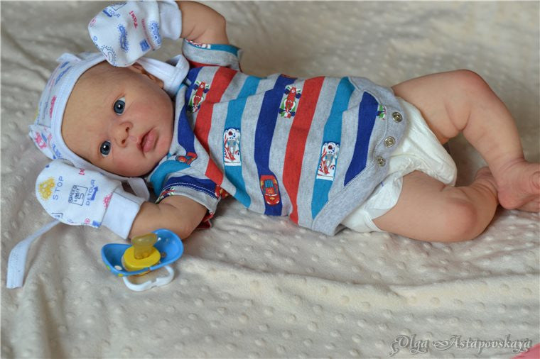 Eric by Adriesdolls (Erin's Twin) - New Photos! - Dolls so Real Inc - 4